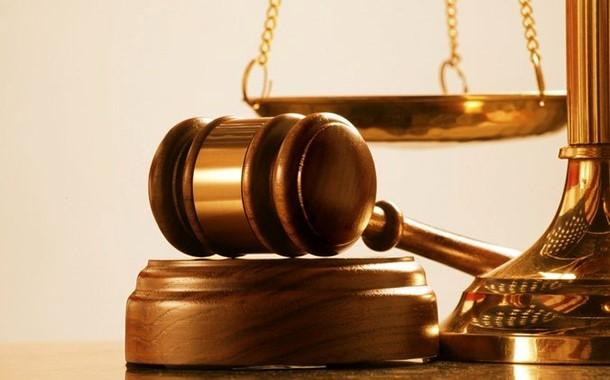 برای درخواست تجویز اعاده دادرسی به دیوان عالی کشور چه مدارکی لازم است؟