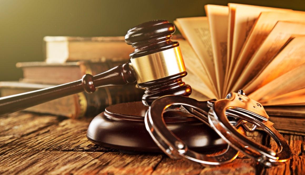 وکیل کیفری برای به دست آوردن نتیجه مطلوب چه کارهایی را انجام می دهد؟