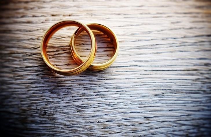 قانون به مردان این اجازه را نمی دهد که بدون اینکه به خانم خود اطلاع داده باشند، ازدواج مجدد خود را انجام دهند