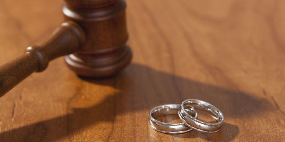 آیا طلاق مندرج در ماده ی ۱۱۳۰ قانون مدنی جزء طلاق بائن می باشد؟