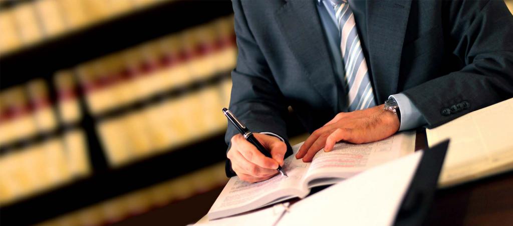 مزیت های مهم کمک گرفتن از وکیل در دفاع از اتهام انتسابی سرقت کدام موارد می باشند؟