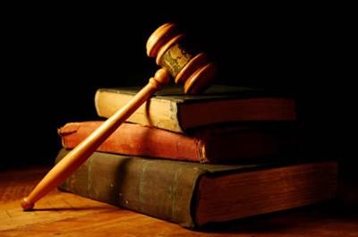 در صورت عزل وکیل رعایت چه نکاتی الزامی می باشد؟