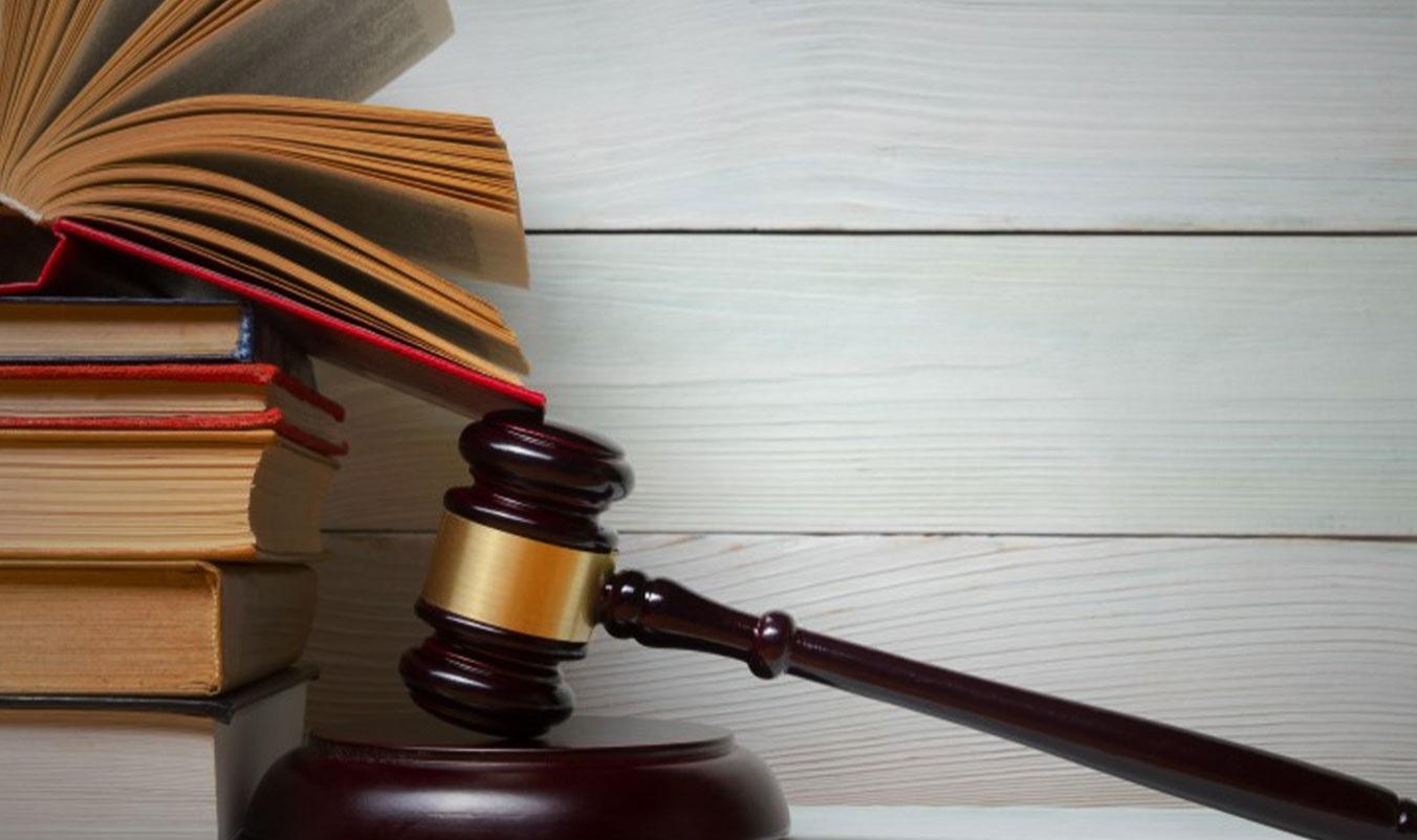 آیا فردی که به او اتهام سرقت داده شده بعد از رفع این اتهام می تواند اعاده حیثیت را در نظر بگیرد؟ مهم ترین اقدامات به چه صورتی است؟