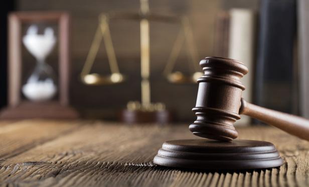 مرد به دادگاه اعلام کند که توانایی پرداخت مهریه را به طور کامل ندارد