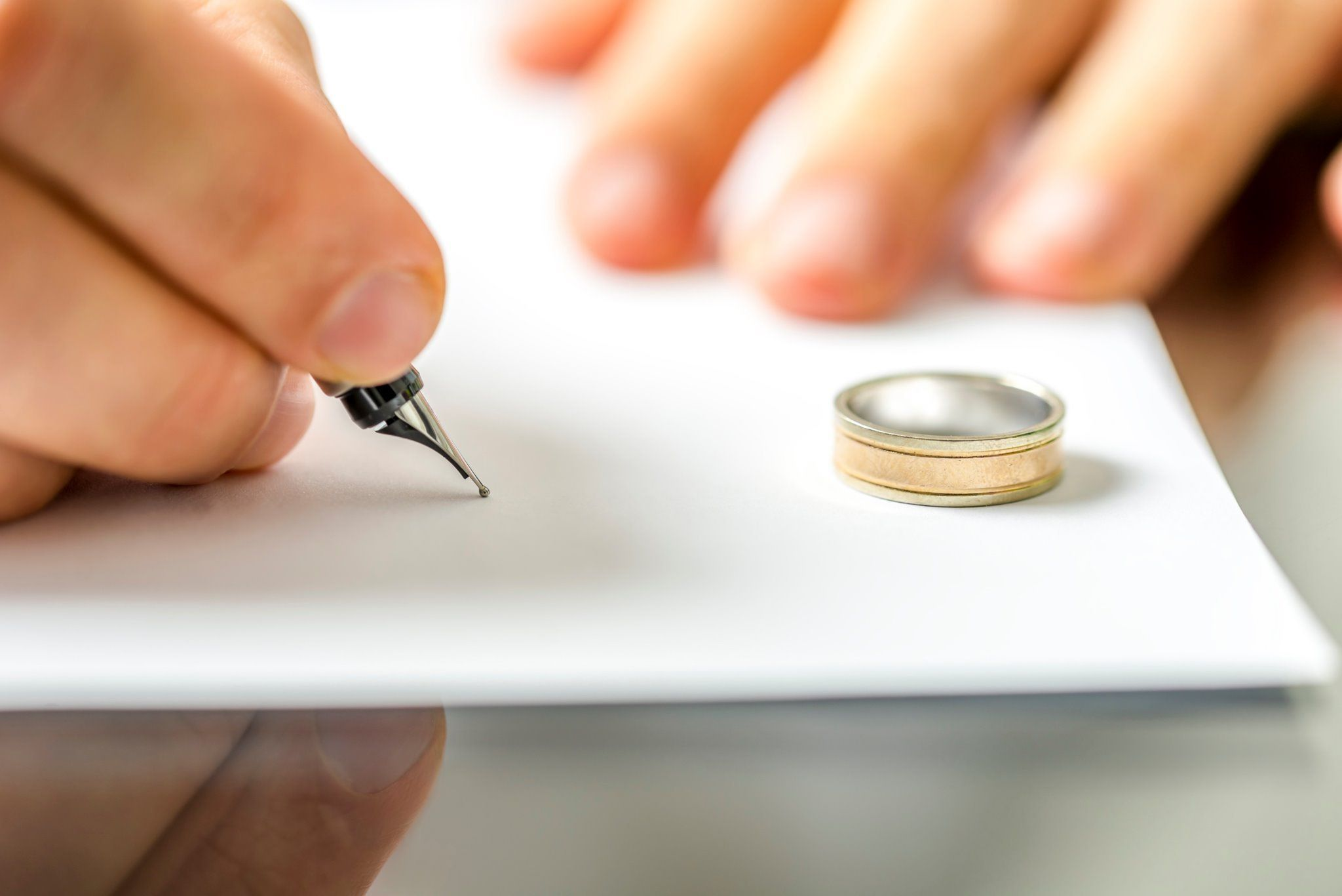 نمونه لایحه طلاق از طرف زوجه