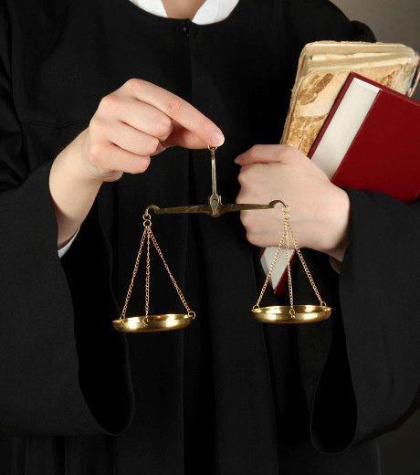 نقش وکیل در موضوعات کیفری و خانوادگی