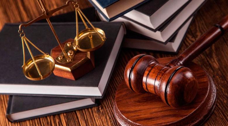 بهترین افرادی که می توانند لایحه دفاعیه شکایت کذب را تنظیم کنند، چه کسانی هستند؟