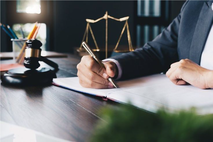 اگر وب سایت های حقوقی به موسسات حقوقی و وکلای واقعی متصل باشند