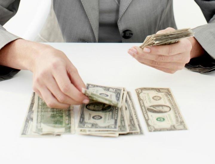 تقسیم اموال متوفی از لحاظ قانونی فقط به دو صورت امکان پذیر است: